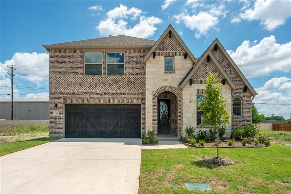 Sold 17268 Yellow Bells Drive Dallas Tx 75252 4 Beds 3 Full Baths 519 990 Sold Listing Mls 14038756